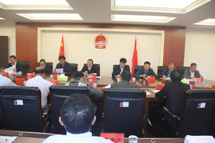 市人大常委会党组中心组举行2016年第八次集中学习会议