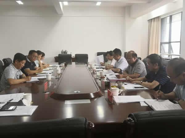 市人大环境与资源保护委员会召开第三次会议
