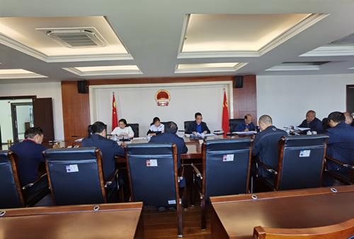 市人大常委会机关三支部召开党员大会